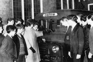 Daphne Slater mini bus 1965 (2)
