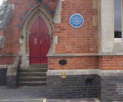 The blue plaque at Moseley School to commemorate the life of John Angell James